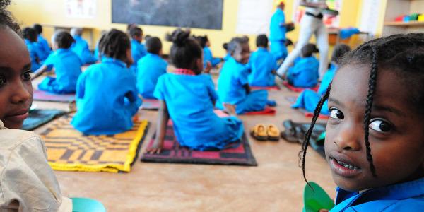 adozione di un bambino dell'asilo (3)
